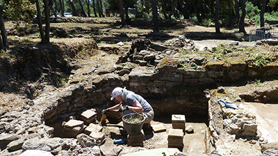 excavating artifacts in tuscany