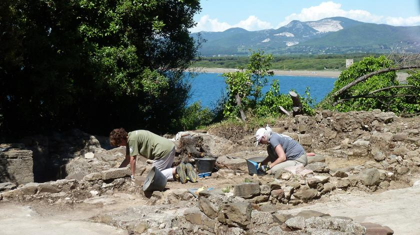 volunteer archaeology on the megale expedition