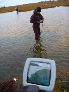 Volunteers collecting water quality data (credit Brigitt Haussamann)