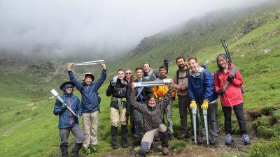 student volunteers in the andorran pyrenees